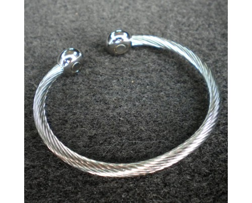 Energy Innovations Positive Energy Braided Silver Stainless Steel 1 Magnet Bracelet with Silver Terminals (Medium)