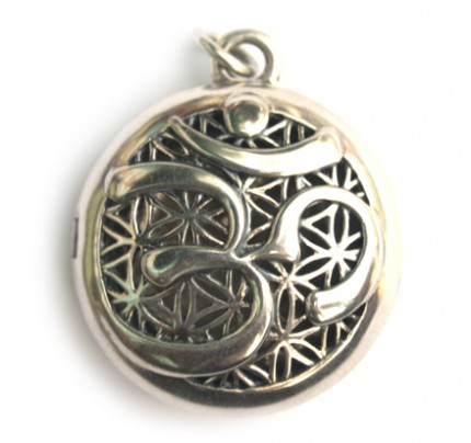 """OM Sterling Silver Aromatherapy Scent Chamber with Gift Tin & """"Inner Peace"""" Oil"""
