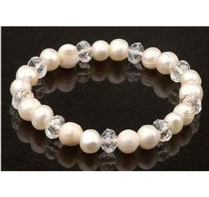 Keilani White Freshwater Pearls White Crystal Bracelet