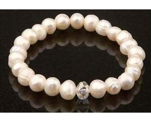 Zorbitz Keilani White Freshwater Pearls Bracelet